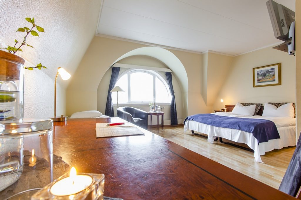 Triple room with fjord view
